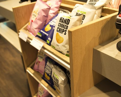 Houten Chips Display